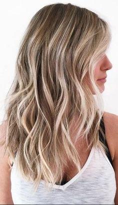 As Cores de Cabelos 2017 chegam com diversas novidades, se você pretende mudar o visual do seu cabelo, sinta-se livre para inspirar em 70 fotos.