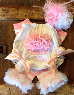 Personalized Cupcake Bloomers Cake Smash Set by FunkyJunkyPeacock