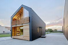 Il primo esemplare di LeapHome Frame, installato a Lissone presso l'azienda Cleaf, consiste in un'abitazione prefabbricata in legno dal design intelligente ed efficiente, progettata nel pieno rispetto della natura