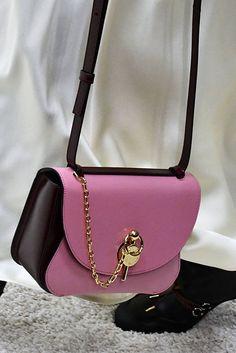59d6a7b8786e Best Designer Bags, Fashion Bags, Fashion Shoes, My Bags, Leather Handbags,