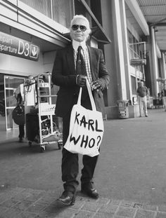 Karl who? Karl Lagerfeld himself
