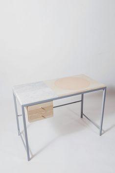 Minimalist Furniture: Everyone wants 22 minimalist furniture ideas - best modern minimalism room furniture DJDWIIE Simple Furniture, Minimalist Furniture, Minimalist Home Decor, Modern Minimalist, Furniture Ideas, Small House Interior Design, Simple Interior, Comfy Sofa, Elle Decor