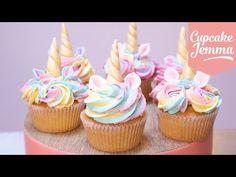 Resultado de imagen para unicorn cupcakes