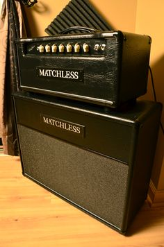 Matchless Chieftain 97 Head and 2X12 cab