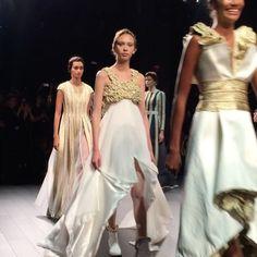 Cleopatra Style, Dripping Gold. @johnpaulataker 😍@karliekloss in finale gown. #nyfw #ss18 .  .  .  .  .  #johnpaulataker #fashion #jetset #luxury #globalglam #newyork #luxurylife #style #redcarpet #glamour  #hautecouture #streetstyle #couture #beauty #luxurylifestyle  #fashionblogger #ootd #travel #traveler #wanderlust #wander  #wanderer #blogger #photooftheday  #fashionista #runway  #love #newyorkcity