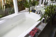 How to Clean Jacuzzi Bathtub Jets