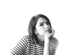 Shelley Hennig //