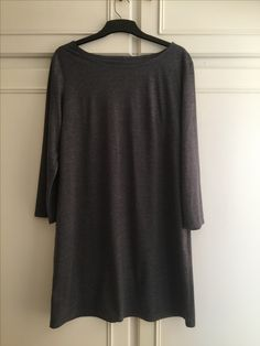 My first homemade item for winter. A grey shift dress to wear over black tights and boots