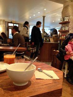 Gluten free à Paris: Café Pinson, une nouvelle adresse Sans Gluten ni Lactose   Café Pinson  6 rue du Forez  75003 Paris  09 83 82 53 53  Possibilité de réserver pour le Brunch du dimanche.