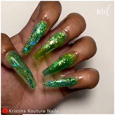 Gotta love easy & cheap nail hacks! By Kristina Kouture Nails on Youtube Party Nails, Pretty Nail Art, Nail Set, Green Nails, Glitter Nail Art, Nail Tips, Nail Art Designs, Hacks, Nails
