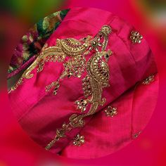 End to End Customization with Hand Embroidery & beautiful Zardosi Art by Expert & Experienced Artist That reflect in Blouse , Lehenga & Sarees Designer creativity that will sunshine You & your Party. Best Blouse Designs, Wedding Saree Blouse Designs, Pattu Saree Blouse Designs, Blouse Neck Designs, Sleeve Designs, Wedding Blouses, Hand Work Blouse Design, Stylish Blouse Design, Look 2015