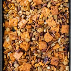 Homemade Chex Mix Recipe Spicy, Spicy Trail Mix Recipe, Chex Mix Recipe Oven, Chex Party Mix Recipe, Snack Mix Recipes, Spicy Recipes, Spicy Nuts And Bolts Recipe, Snack Mixes, Candy Recipes