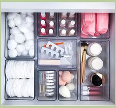 Tuesday Ten: Ways to Get Next Level Organized in 2019 - Lauren Conrad organization diy bathroom Diy Makeup Organizer, Makeup Drawer Organization, Bathroom Organisation, Room Organization, Organization For Small Bedroom, Organization Ideas For The Home, Home Decor Ideas, Organizing Drawers, Organizing School