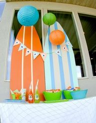 Vintage surf party sticks to orange, baby blue and lime green color theme.