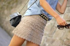 That skirt! The belt too :p