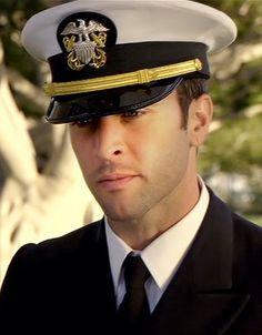 ♥♥♥♥♥♥ Steve McGarrett in uniform