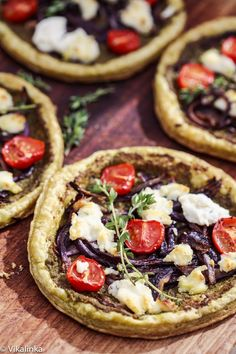 Pesto, Caramelized Onions and Boursin Tarts-delicious appetizer, lunch or main course. Ready in 20 minutes! #vegetarian #tart #puffpastry