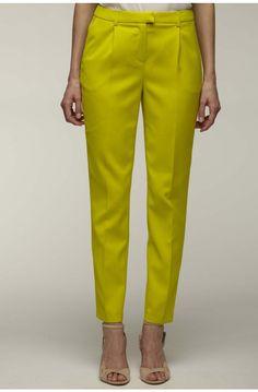 Pantalon carotte  vert lemon - pantalons femme - naf naf 3 Kurti Sleeves Design, Kurti Neck Designs, Salwar Designs, Kurti Designs Party Wear, Blouse Designs, Stylish Dresses For Girls, Stylish Dress Designs, Designs For Dresses, Diy Pantalon