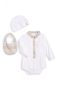 This 3 piece Burberry baby set is such a cute gift for a baby shower.