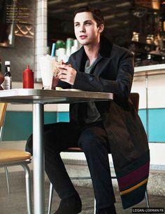 Logan Lerman :)