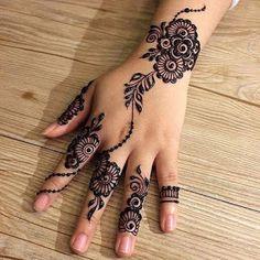 Mehndi Designs Front Hand, Henna Tattoo Designs Simple, Finger Henna Designs, Henna Hand Designs, Modern Mehndi Designs, Mehndi Designs For Beginners, Mehndi Designs For Girls, Mehndi Design Photos, Mehndi Designs For Fingers