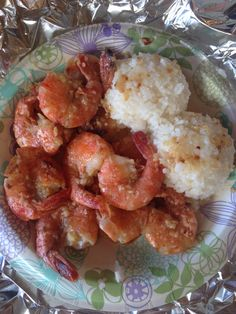 Giovanni's Garlic Shrimp is a must have when visiting Oahu #northshore #shrimptruck #hawaii