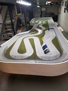 Pin by ed c on ho slot car tracks Ho Slot Cars, Slot Car Racing, Slot Car Tracks, Las Vegas, Cars 1, Pista, Car Videos, Courses, Carrera Cars