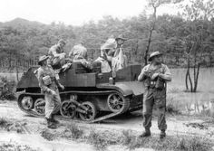 Australian Armour in Japan by Paul D. Ww2 Pictures, Ww2 Photos, Army Vehicles, Armored Vehicles, Anzac Soldiers, British Armed Forces, Volkswagen, Military Modelling, Ww2 Tanks