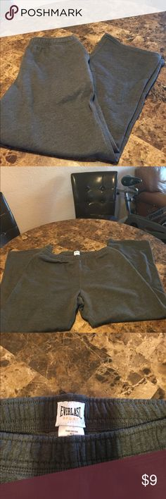 Everlast sport sweat pants Everlast Sport sweat pants in excellent condition size large gray color see pics for measurements has side pockets everlast sport Pants Track Pants & Joggers