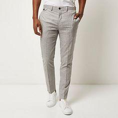 Light grey smart skinny trousers € 35,00