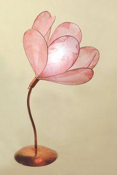 Bedside flower lamp