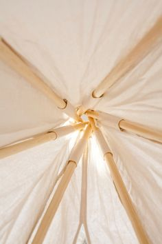 Today I love this tipi tent from Gray Label. It's made out of wood and ecological cotton and it's perfect for any kids room. Shall we play hide and seek together? Kids Tents, Teepee Kids, Teepee Tent, Teepees, Forts, Diy Tipi, Kids Workspace, Micke Desk, Lightweight Tent