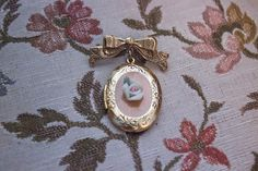Vintage Porcelain Rose Cameo Bow Locket by JenuineCollection on Etsy