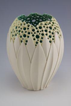 Contemporary ceramics, innovative pottery and ceramics, céramique nouveau, avant garde and cutting edge ceramic design and techniques are featured in this post. Ceramic Clay, Porcelain Ceramics, Fine Porcelain, Porcelain Tiles, Ceramic Bowls, Pottery Vase, Ceramic Pottery, Thrown Pottery, Slab Pottery