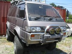 Mitsubushi Delica 4x4 Van.