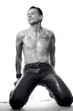 Dave Gahan, haven't seen this picture before, holy moly