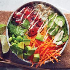This poke bowl recipe tastes absolutely fresh! Fresco, Quinoa, Poke Recipe, Ricardo Recipe, Vegetarian Recipes, Healthy Recipes, Food Tasting, Perfect Food, Fish And Seafood