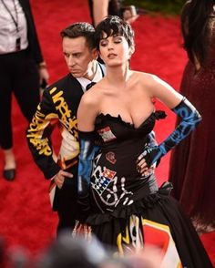 On the eve of the Met Gala 2017 veteran photographer Stephen Lovekin reveals his biggest secrets - from who is the best poser to the litany of unwritten rules that govern the event - via the link in bio now  via BRITISH VOGUE MAGAZINE OFFICIAL INSTAGRAM - Fashion Campaigns  Haute Couture  Advertising  Editorial Photography  Magazine Cover Designs  Supermodels  Runway Models