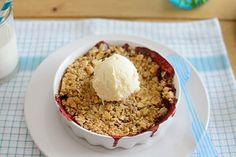 La chica de la casa de caramelo: Crumble de fresas silvestres Oatmeal, Grains, Rice, Gluten Free, Sweets, Breakfast, Food, Home, Cooking Recipes
