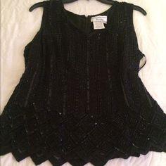 Pretty beaded dressy blouse for evening wear Beaded. Very elegant.❤️❤️❤️❤️ Macys Tops Blouses