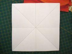 instrucción 1 para hacer una corona navideña de origami