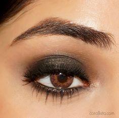 Deepika Padukone IIFA 2016 Black Smoky Eye Makeup                                                                                                                                                     More