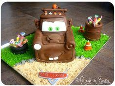 Trendy Cars Cake Tutorial Step By Step Ideas Car Cake Tutorial, Fondant Cake Tutorial, Fondant Cakes, Cake Decorating Techniques, Cake Decorating Tutorials, Pavlova, Cupcakes, Cupcake Cakes, Gateau Flash Mcqueen