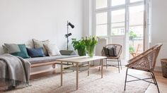 Jetzt online : 2 1/2 Zimmer Eigentumswohnung in Berlin Prenzlauer Berg mit Balkon und Terrazzoboden in der Küche. Ein Projekt mit ucs projects Marketing und Vertrieb : SIMPLY SAMUELS Styling von Babette Fischer