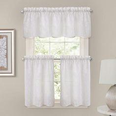 Bb&b bathroom curtain