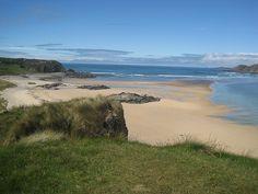 Doagh Strand on the Inishowen Peninsula in County Donegal, Ireland Irish Landscape, Ireland Landscape, Irish Beach, Wild Atlantic Way, Atlantic Ocean, West Coast Of Ireland, Images Of Ireland, Ireland Homes, Irish American