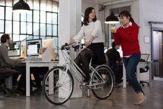 """Looks para o trabalho. Inspiração: Anne Hathaway no filme """"Um Senhor estagiário."""""""