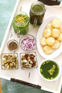 Pani puri recipe or Golgappa recipe or Puchka with step by step photos - I have shared two type of pani puri water and two types of stuffing Yummy Snacks, Healthy Snacks, Snack Recipes, Cooking Recipes, Puri Recipes, Indian Food Recipes, Pani Puri Recipe, Healthy Food To Lose Weight, Healthy Breakfast Smoothies