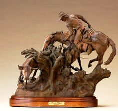 Tim Harmon, I saw this in the flesh and the photo just doesnt do it justice! Horse Sculpture, Animal Sculptures, Western Art, Western Cowboy, Cowboy Art, Miniature Figurines, Equine Art, Fun Art, Wood Art