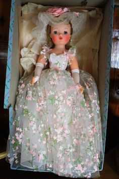 How on earth does this happen? #2282 of 1958. MIB Cissy Fresh and Flowery doll…
